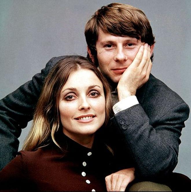 Sharon Tate y Roman Polanski posan para una foto