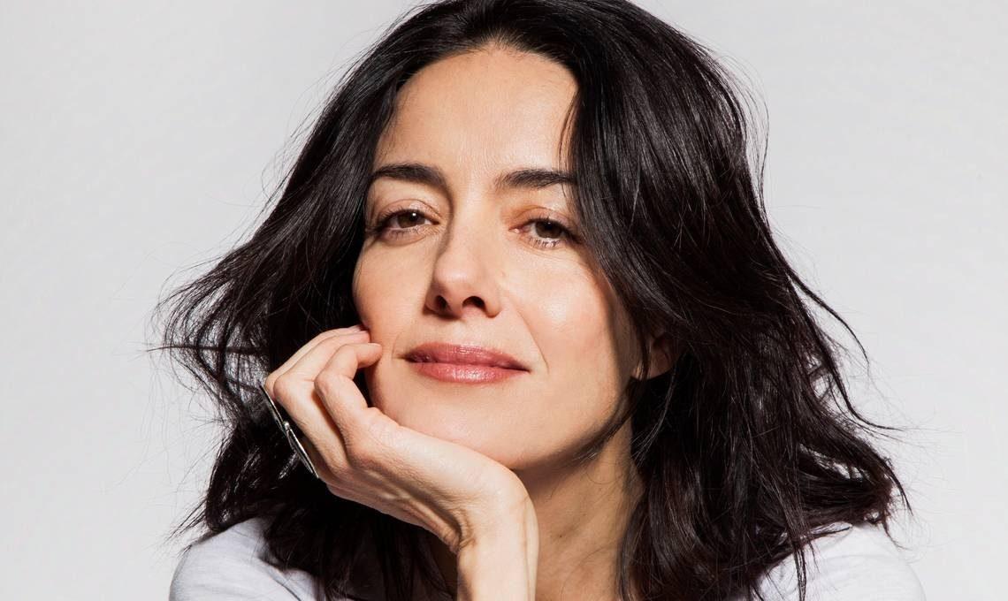 Imagen de la actriz Cecilia Suárez a color