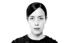 Cecilia Suárez en blanco y negro